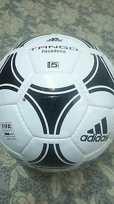 Authentic Adidas Tango Pasadena Fifa Approved Size 5. Perfect Match Ball