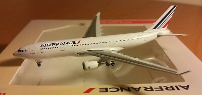 Herpa Wings AIRFRANCE  Airbus A330-200 scale 1:500