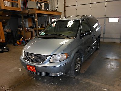 2003 Chrysler Town & Country limited 2003 Chrysler Town and Country