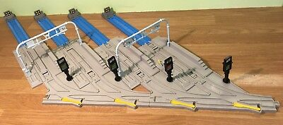 TOMY Trackmaster Thomas and Friends SODOR RAIL YARD EXPANSION SET (7590)