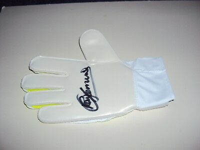 Personally Signed Goalkeeper Glove Ray Clemence Liverpool Tottenham England
