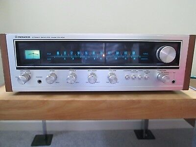 Pioneer SX-434 vintage stereo receiver in superb condition.