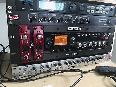 Line 6 Pod X3 Pro Pre amp & Multi effect complete with fbv foot Controller