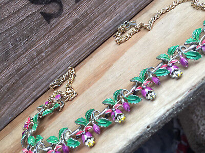 VINTAGE Exquisite FUSCHIA  BIRTHDAY    NECKLACE   . In Good Condition