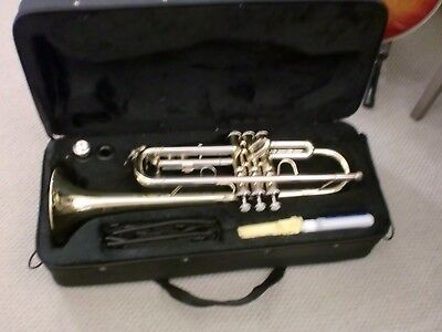 ELKHART Bb TRUMPET - CUSTOMER RETURN - EXCELLENT - JUST £93.99 - BRILLIANT VALUE