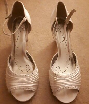 Ladies Wedding Collection Shoes Size 4