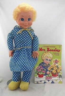 "Vintage Mattel MRS BEASLEY 22"" Family Affair TV Show Character Talking Doll"