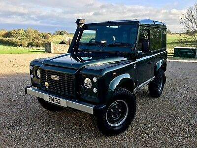 Land Rover Defender 90 TD5 County with Heritage Styling Pack