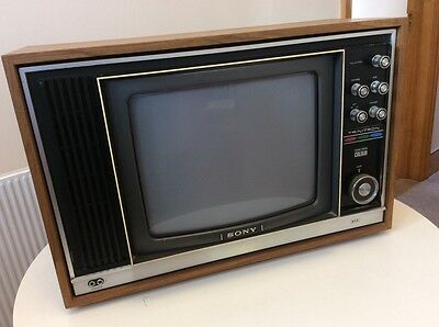 Vintage Sony Triniton Tv  Mk11 - Model 1320Ub - Collect From North London.