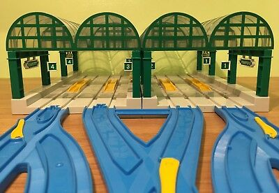 TOMY Trackmaster Thomas and Friends KNAPFORD STATION EXPANSION SET