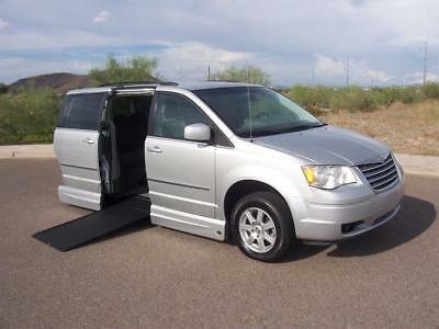 2010 Chrysler Town & Country Touring Wheelchair Handicap Mobility 2010 Chrysler Town & Country Touring Wheelchair Handicap Wheelchair Best Buy