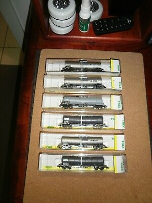 MINITRIX SET OF (6) BOGIE TANKER FREIGHT WAGONS  (Boxed) N Scale