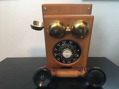 VTG Country Line Telephone Oak & Brass Wall Phone HAC Model WP-700 Retro Button