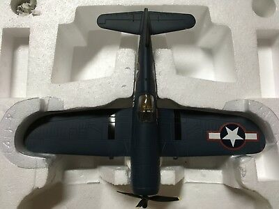 Franklin Mint Armour Collection #B11B810 / F4U Corsair VMF-214.  No reserve!