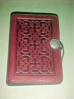 Oberon Leather 6-Ring Organizer & Inserts Bold Celtic Pattern Deep Wine Shade