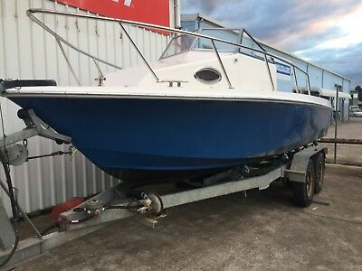 2011 Wahoo 7.5M Fibreglass Centre Cab Fishing Boat - Hull Only