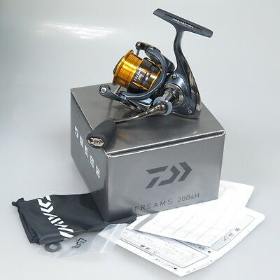 NEW DAIWA FREAMS 2004H Spinning Reel Mag Sealed & Chemical Light