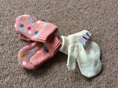 John Lewis 2 Pack Mitts 0-3 Months BNWT