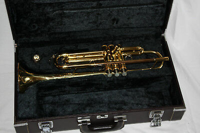 Yamaha YTR6335 trumpet. Brass, B-flat. Good condition.