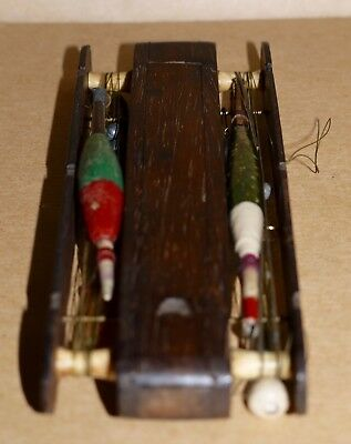 Vintage Fishing - 2 slot Rosewood Float/Cast Winder with 4 Floats