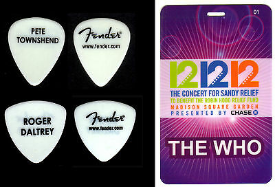 The Who - Townshend & Daltrey- 12/12/12 Sandy Msg Backstage Pass & Guitar Picks