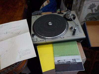 technics quartz turntabe SL1200MK2 with manual  as-is for  parts only