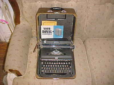 Vintage Royal Quiet De Luxe Typewriter w/ Glass Keys, Manual & Carrying Case