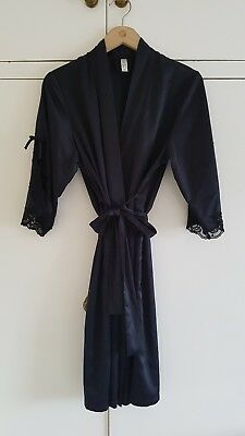 Stunning Black silky lace size 8 dressing gown Ann Summers excellent condition