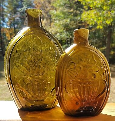 PAIR of WONDERFUL New England 1820-30s flasks! Perfect!