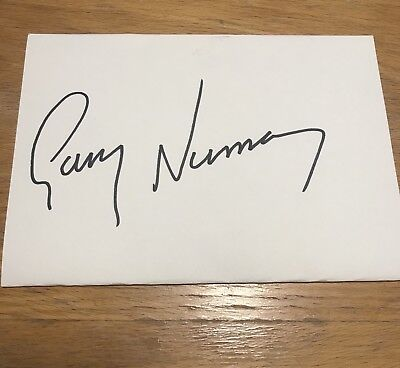 Gary Numan Autograph From Rehearsal Day In London 24/09/17