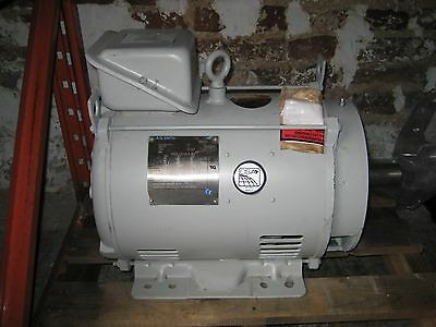 20 HP electric motor,14.9kw , 3 Phase  . NEW...with paperwork