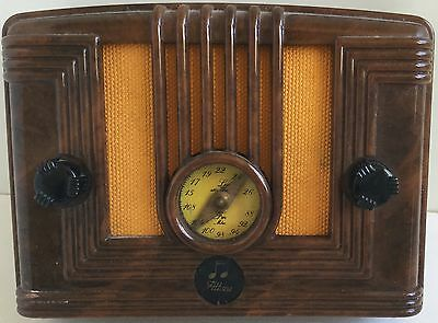 Reproduction Radio Altona Annees 1940 Par Micron Technology