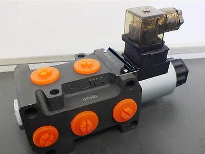 "HYDRAULIC 6 PORT DIVERTER VALVE 80LPM SOLENOIDS 1/2""  PORTS 12V or24V"