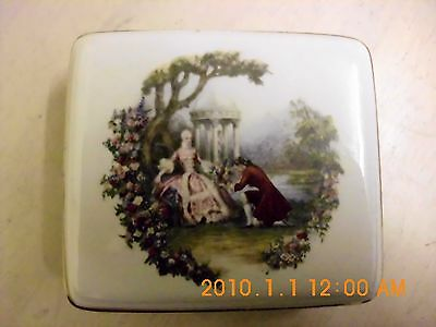 A 'LORD NELSON POTTERY' Lidded  box.