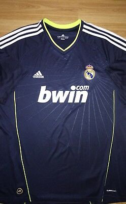Real Madrid 2010/11 Away Football Shirt