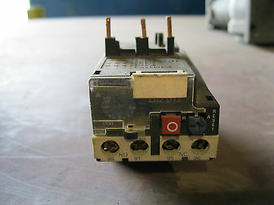 Telemecanique LR2 D1312 BIMETALLIC OVERLOAD RELAY 575VAC 8A IEC +OPTIO