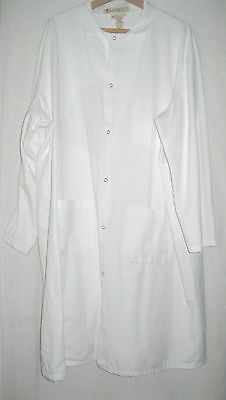 Men's White used Lab Coat  Sz 4 XL Snap Down Front 2 Side Openings only