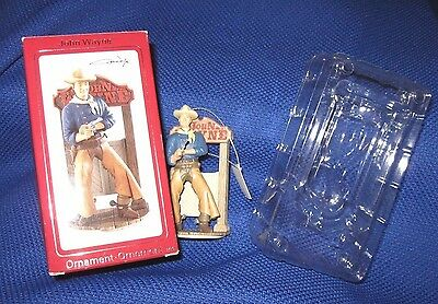 JOHN WAYNE ORNAMENT, 2009 AGC, Carlton Heirloom, Saloon Pose, BOX, #144, Xmas