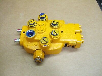 Quality Cessna Two Spool Hydraulic Valve 2500 Psi Double Acting