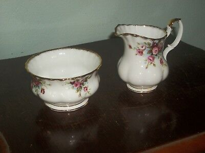 "Royal Albert """"cottage Garden """" Milk Jug & Sugar Bowl"