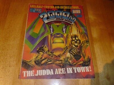 2000 AD Featuring JUDGE DREDD Prog' 551