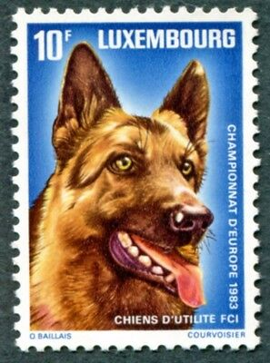 LUXEMBOURG 1983 10f SG1117 mint MNH FG European Working Dog Championships #W47
