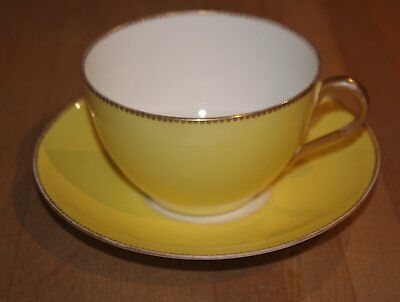 Large Vintage Gold Rimmed Yellow Tea Breakfast Cup & Saucer Aynsley Bone China