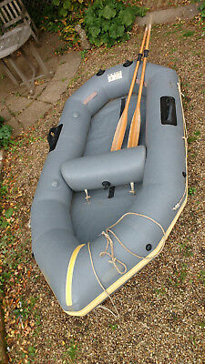 Avon Redcrest Inflatable Dinghy & Oars, Inflator, Wooden Seat & Outboard Bracket