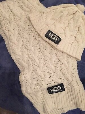 UGG Scarf And Hat