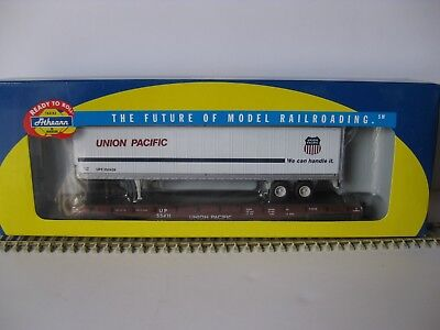 Athearn Ho Scale Union Pacific 50' Flat Car With 45' Up Trailer  New Item #92071