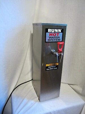 Bunn O Matic  02500.0001 HW2 2 Gallon Commercial Hot Water Dispenser 200 Degrees