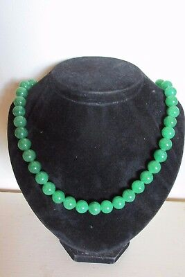 Vintage Natural Maw-Sit-Sit Green Jade Bead Necklace