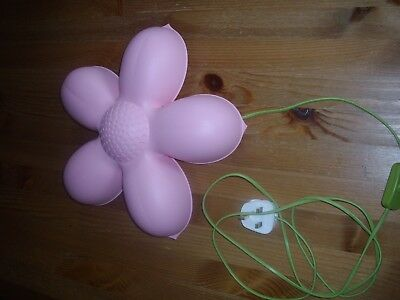 Flower Shaped Pink Bedroom Wall Light