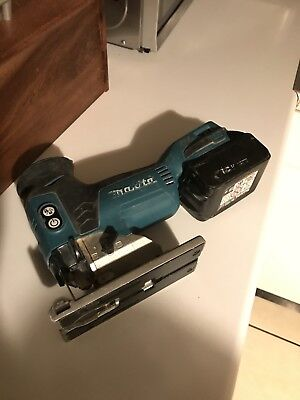 Makita Brushless Jigsaw 18 V+ 5ah battery